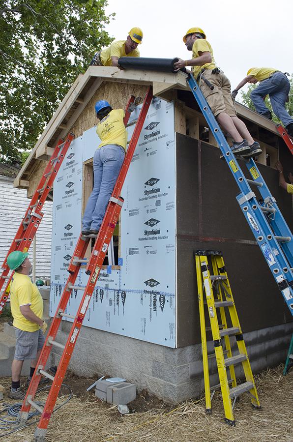2014 Habitat Build - 527